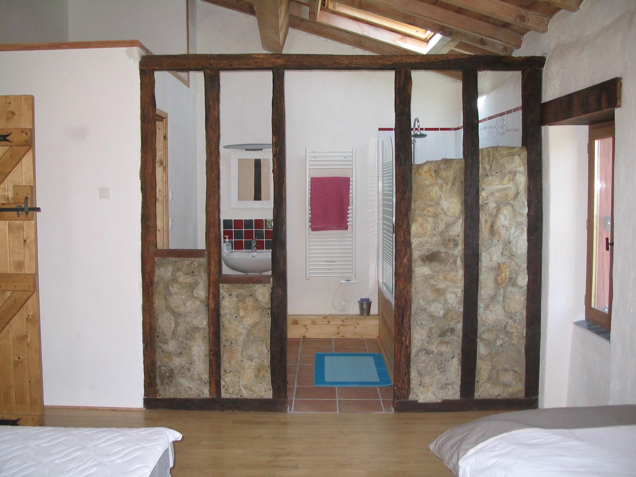 L'Ecurie - Twin Bedroom