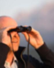 Mann mit Fernglas, Feldstecher, Sicht in die Weite, Weitblick