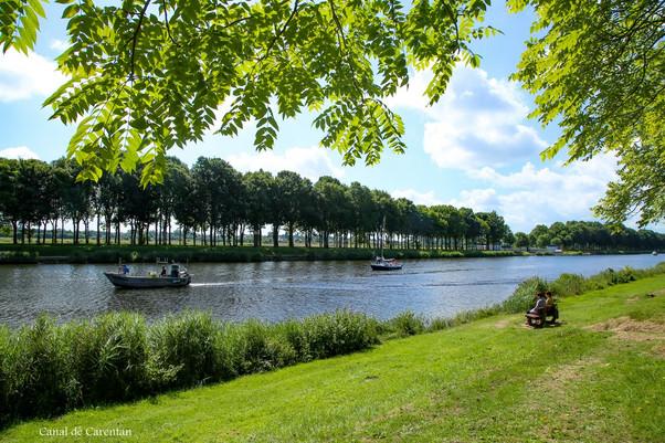 Canal de Carentan.jpg