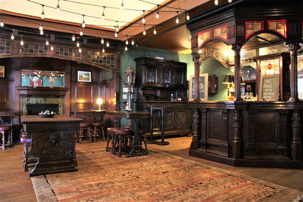 English Pub (2).JPG