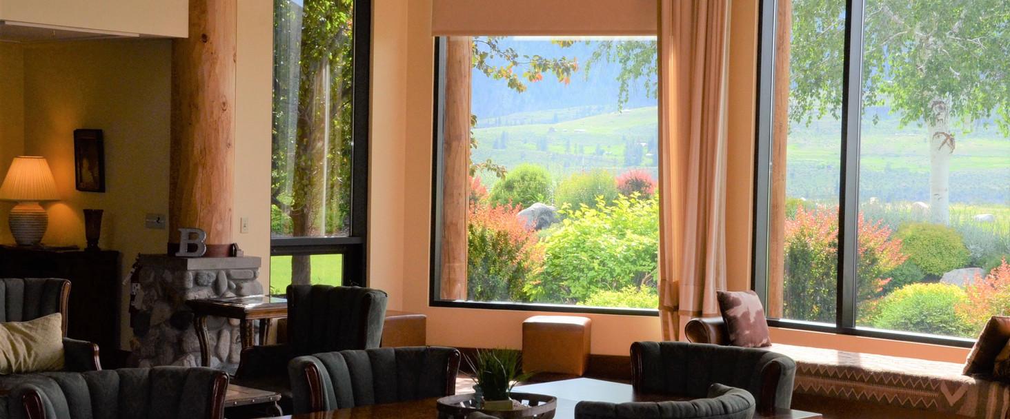 Cascade Room 1.jpg