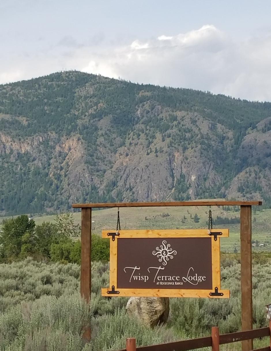 Hello, Twisp Terrace Lodge Sign!
