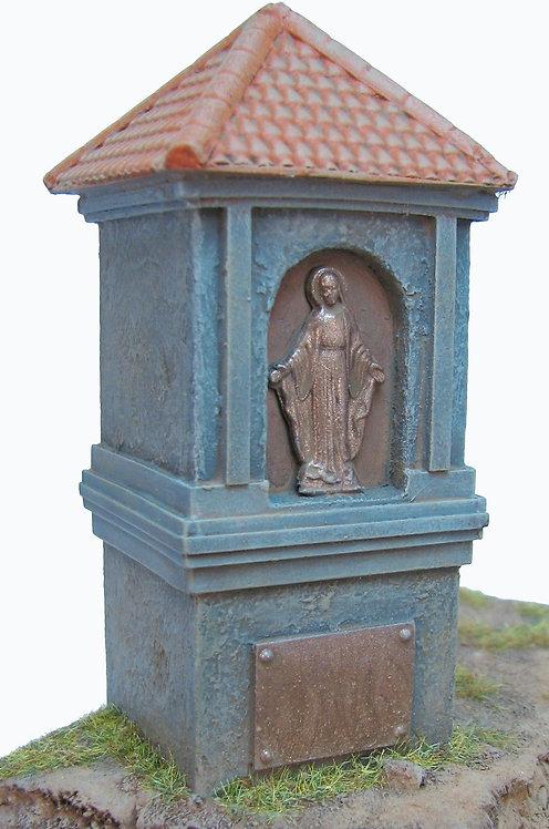 Monument Medium Size