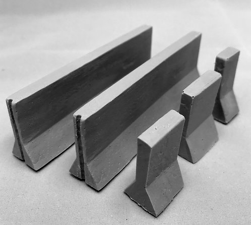Jersey Barriers Set of 2 large & 3 small barriers