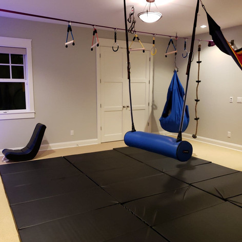 Less screen time, more movement playdates!