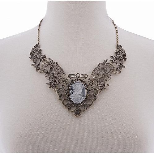 NH Parlour Necklace