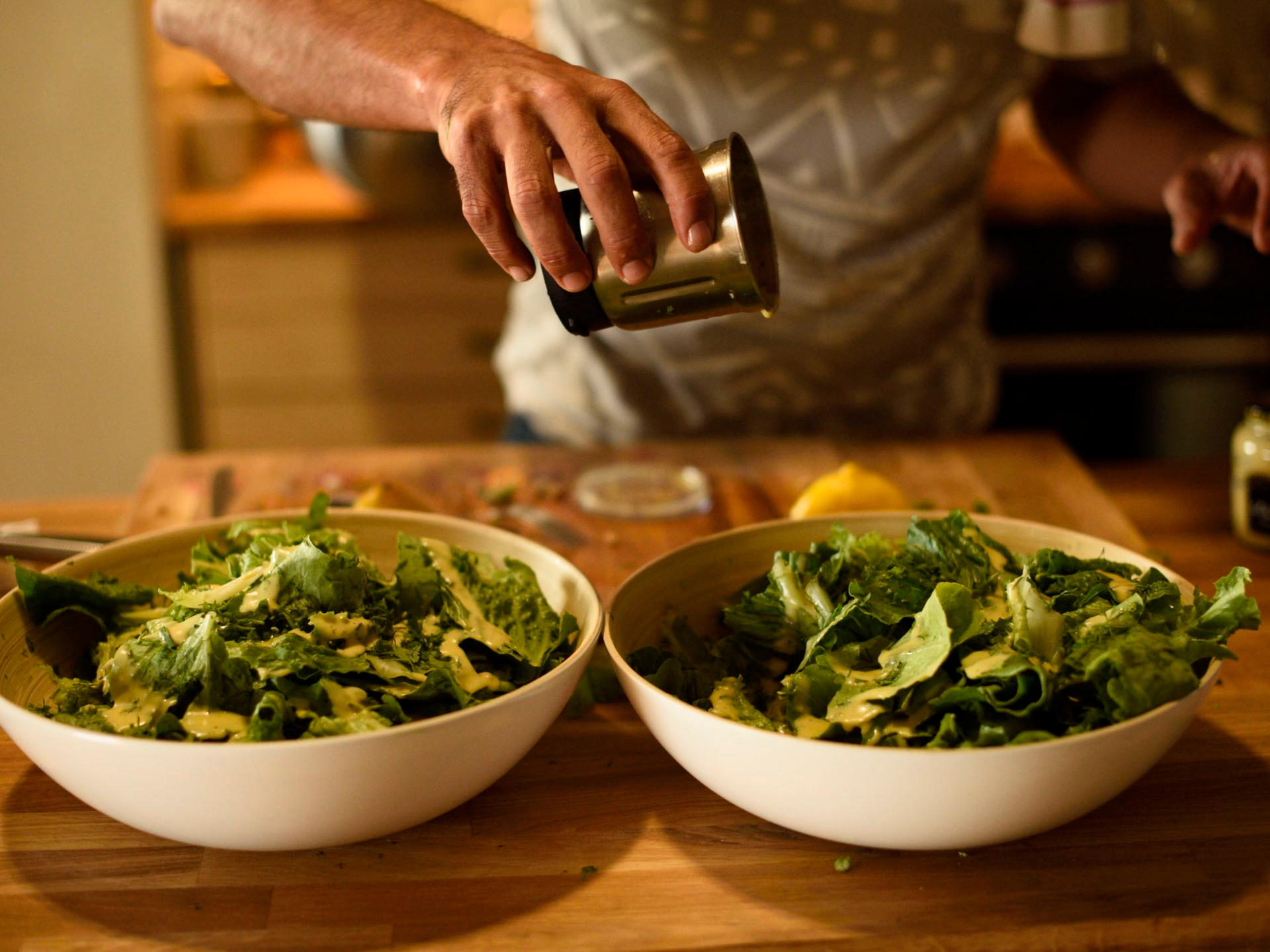 oktoyogashalaretreat_Food_preparation02.