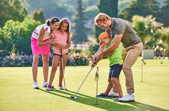 family-golf.jpg