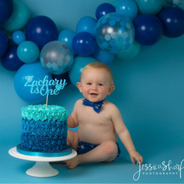 Blue Balloon Cloud Cake Smash