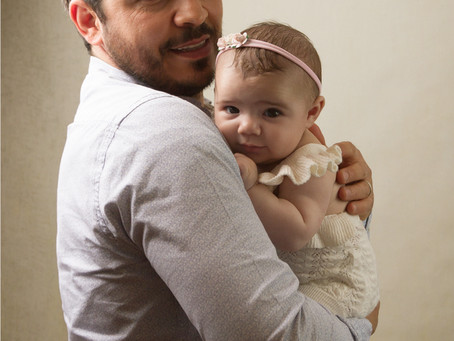 Adorable Daddy & Me mini sessions – the cutest gift this Father's Day