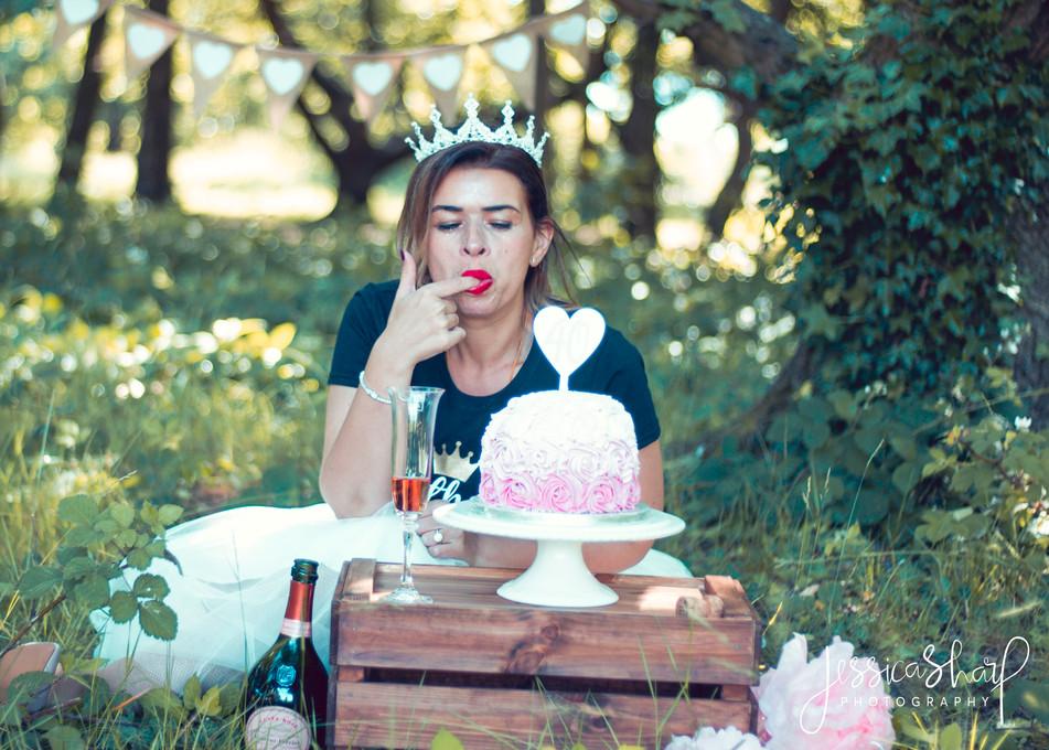 adult cake smash 40th