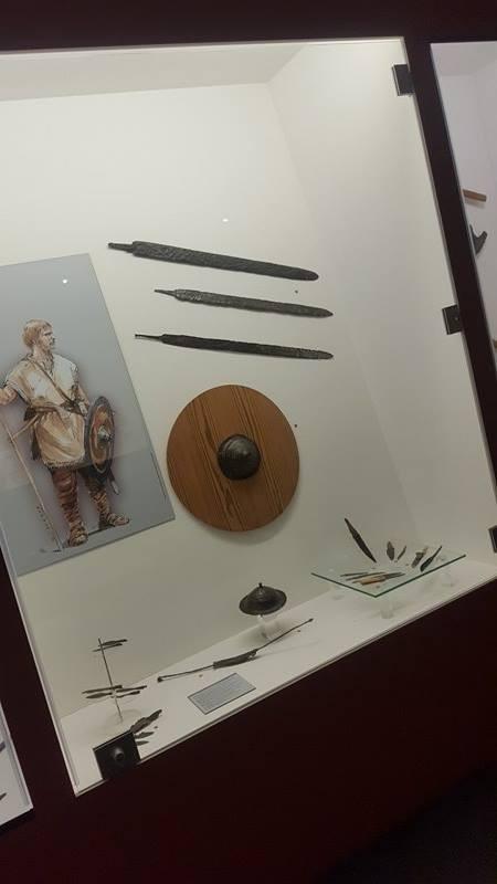 Quelques outils et armes quelques (centaines) d'années auparavant