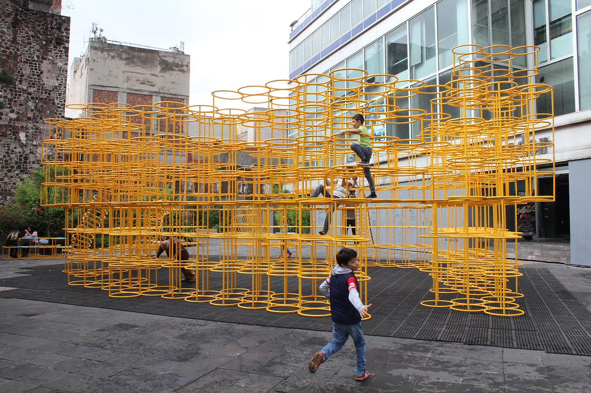 The City of Play-Simposio Papalote