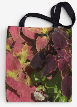 TOTE BAG WHITE FLOWER 1.png
