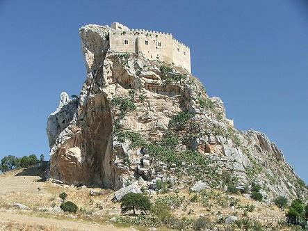 castello di mussomeli.jpg