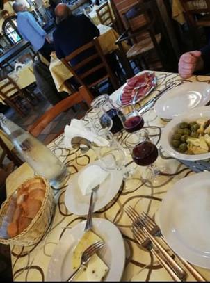 Interni ristorante la rustica Cammarata