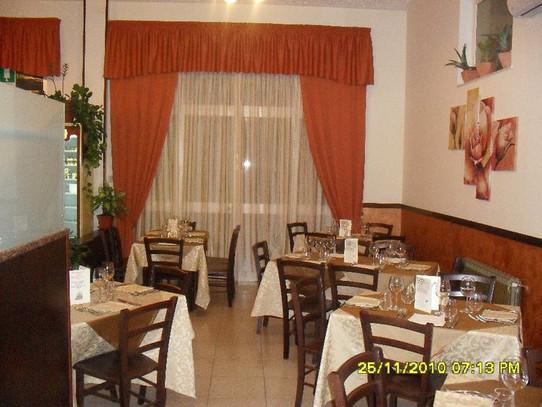 Interni, ristorante lo Storione San Giovanni Gemini.