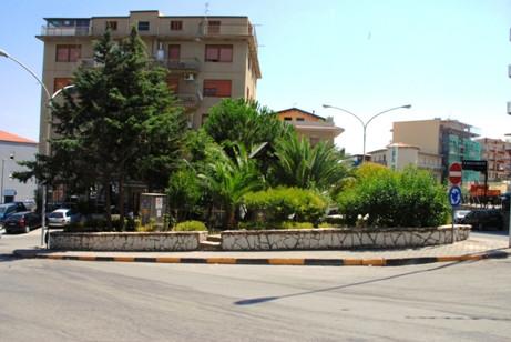 piazza crispi 4.JPG