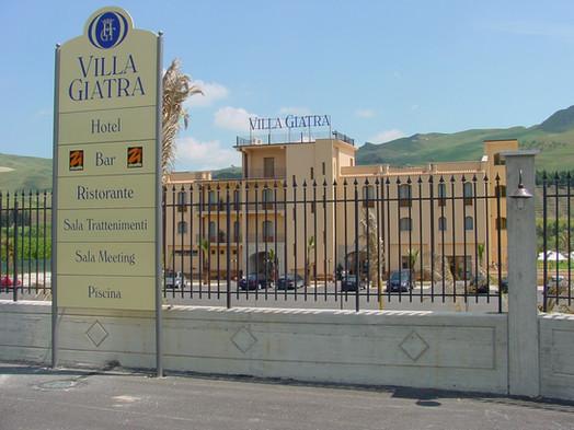 Hotel Villa Giatra