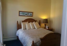 One Bedroom Kitchenette