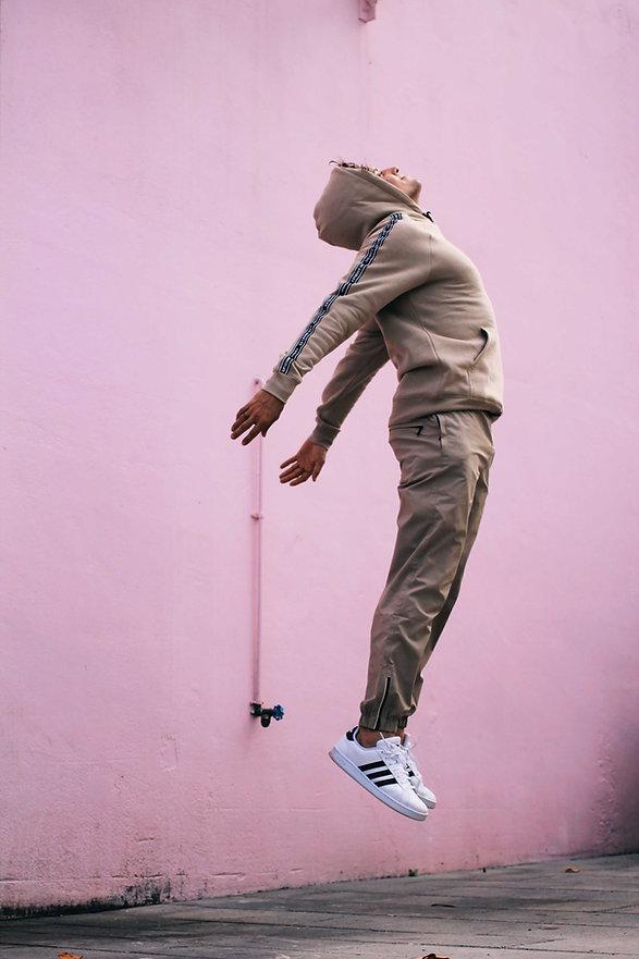 Willy Elevation Maji Ramirez Jump