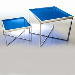 Zag Low Tables