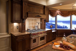 Traditional Kitchen Stove & Countertops