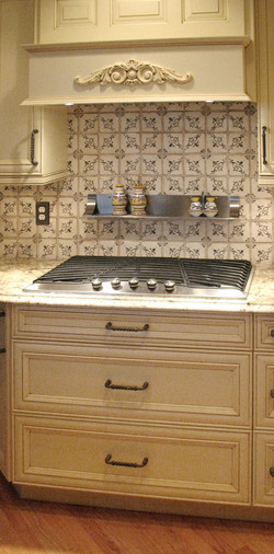 Cooktop+and+Tile+Detail