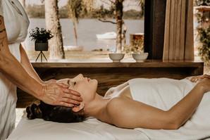 Massagem Relaxante - Chalé Lagoa da Serra (01).jpg