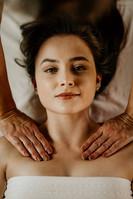 Massagem Relaxante - Chalé Lagoa da Serra (06).jpg