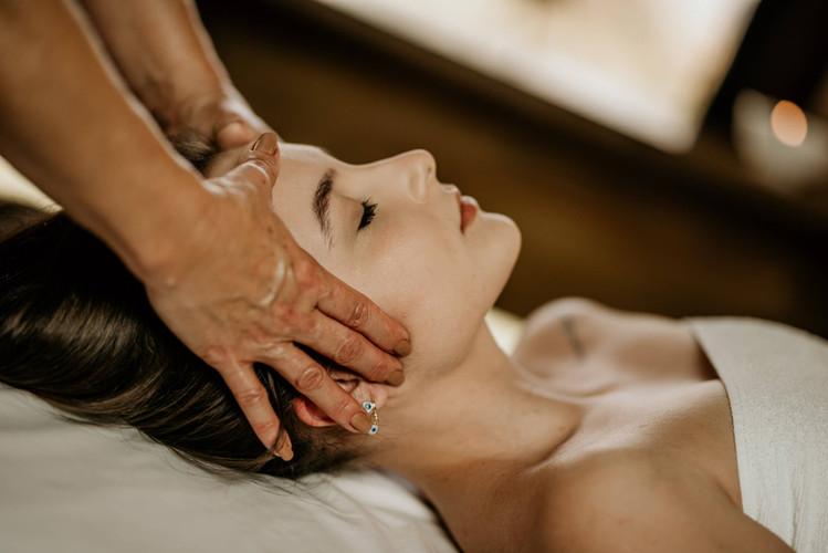 Massagem Relaxante - Chalé Lagoa da Serra (22).jpg