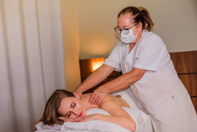 Massagem Relaxante - Hotel Santa Cruz -