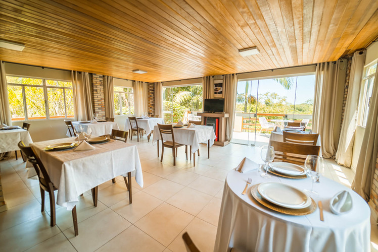 Hotel Pousada Estância Santa Cruz (24).j