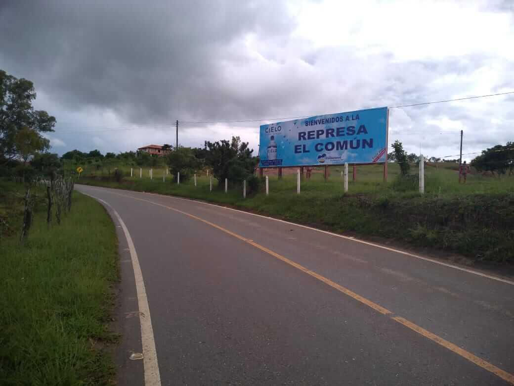 Valla publicitaria San Gil