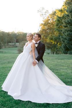 small covid wedding inspo