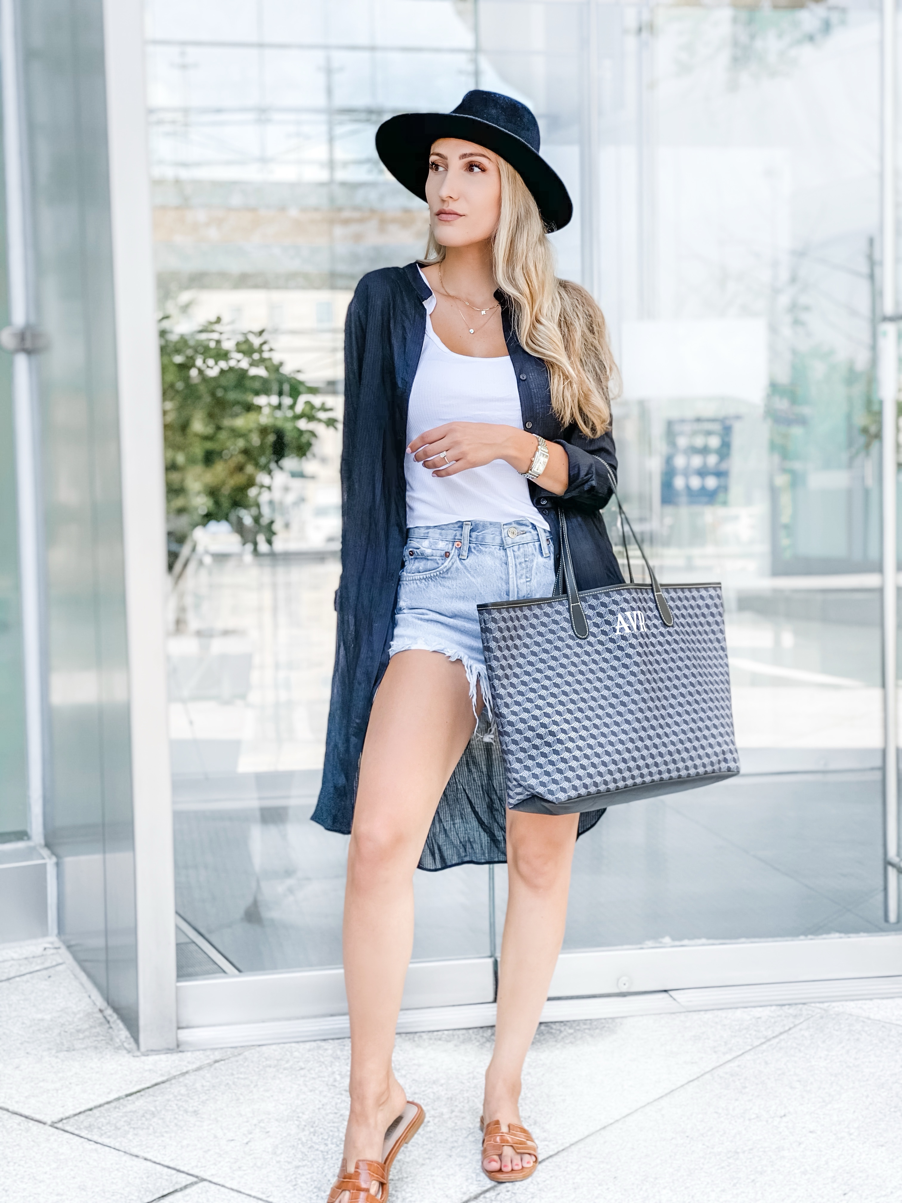 stylee lyst barrington tote fall style