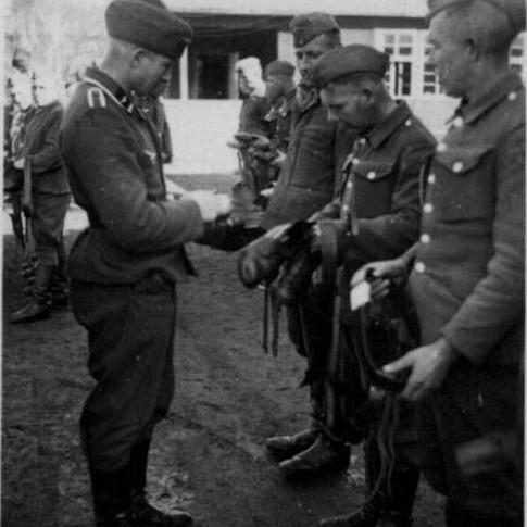 Georg Kruse (links) ca. 1942