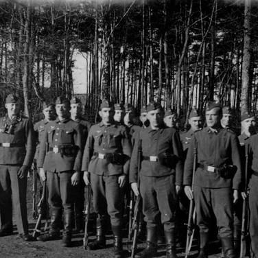 Georg Kruse (2. von links)