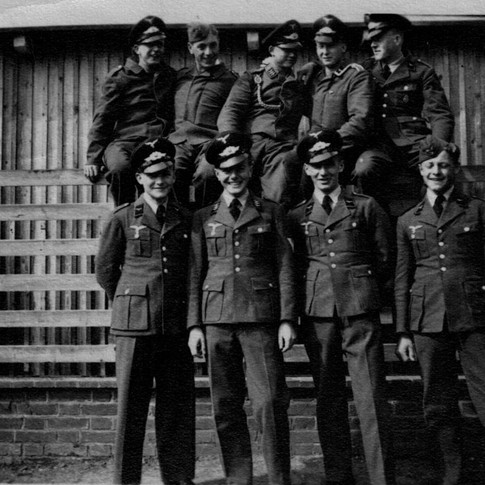 Georg Kruse (hinten 2. von rechts) 1939 Wismar