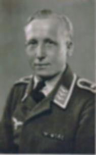 Georg Kruse als Feldwebel im 2. Weltkrieg. Baiersdorf