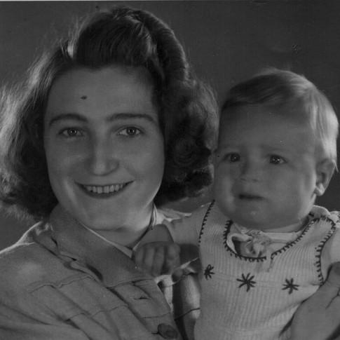 Tante Lydia ca. 1947