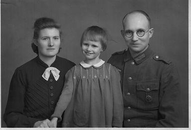 Familienfoto Arnold Kruse 1944. Kruse Baiersdorf