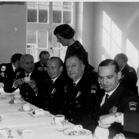 Vati 4. v. r. Bremer Polizei VUD 01.04.1965