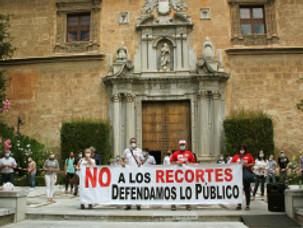 🔴UGT Y CCOO DENUNCIAN EL RECORTE DE 26 MILLONES DE EUROS EN LA UGR MUESTRA LA INTENCIÓN DE LA J