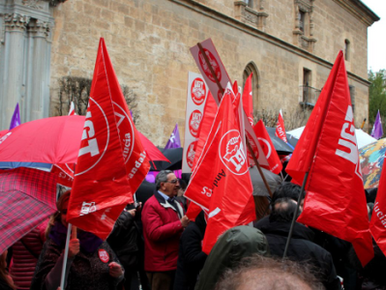 8 DE MARZO 2018 – DIA INTERNACIONAL DE LA MUJER. UGT convocó una huelga de dos horas en la uni