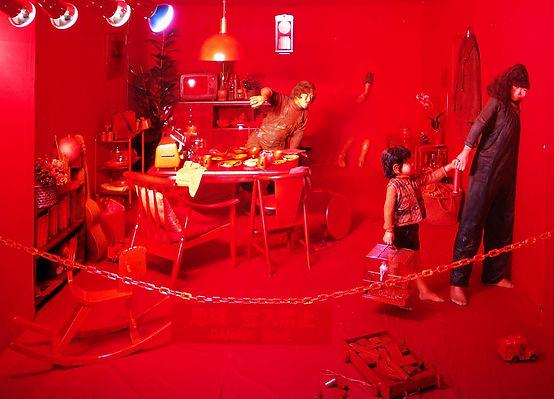 核爆発の起こった一瞬、たべ・けんぞうと家族の永遠に凍りついた日常風景『オレンジ・オペレーション』