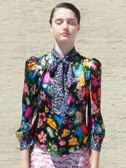 Sofi Floral Print Combo Blouse and a Skinny Scarf