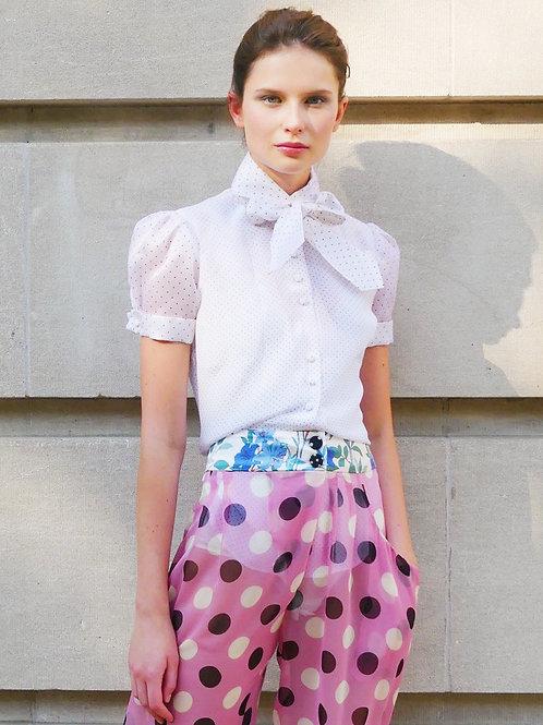 Ann Polka Dots Puffy Short Sleeve and a Tie