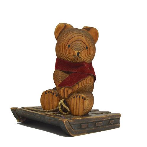 すべる気のない熊