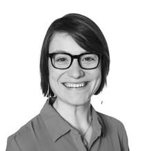 Thea Maxwell, Senior Consultant